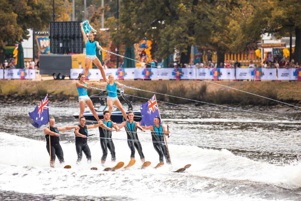 Show skiers at Moomba Masters 2019
