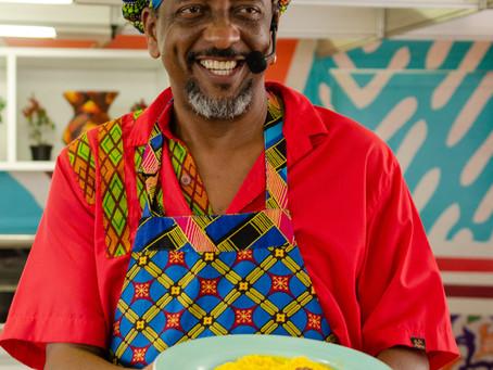 Chef Jorge Washington ministra oficina Culinária Afetiva AfroBaiana