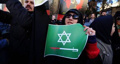 No Domingo de Páscoa, Arábia Saudita executa 37 xiitas acusados de terrorismo. Um deles crucificado