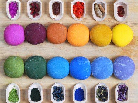 How to Naturally Colour Food