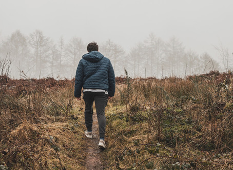 Walking Meditation: 4 Benefits of This Therapeutic Practice