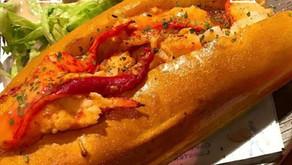 沙律龍蝦包