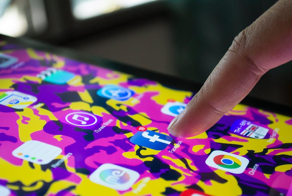 como crear comunidad en redes sociales