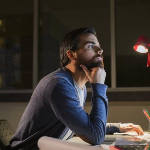 5 Tips to Avoid Becoming a Workaholic
