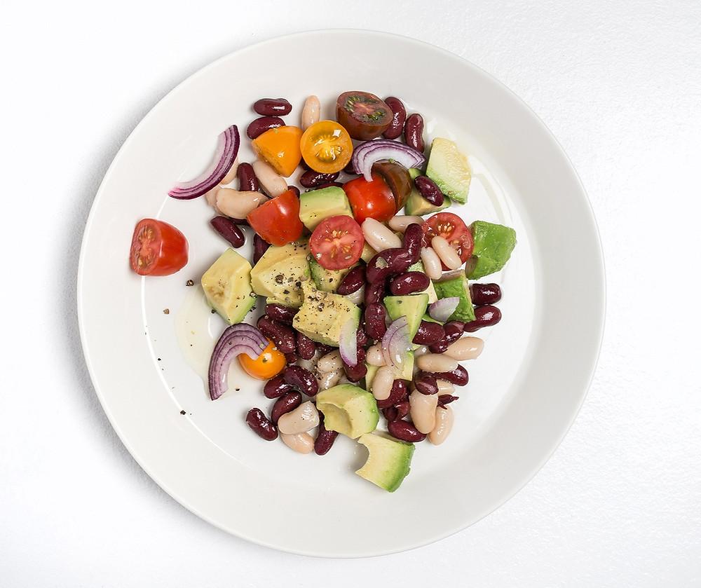 Avokadų ir pupelių salotos, vmg receptas
