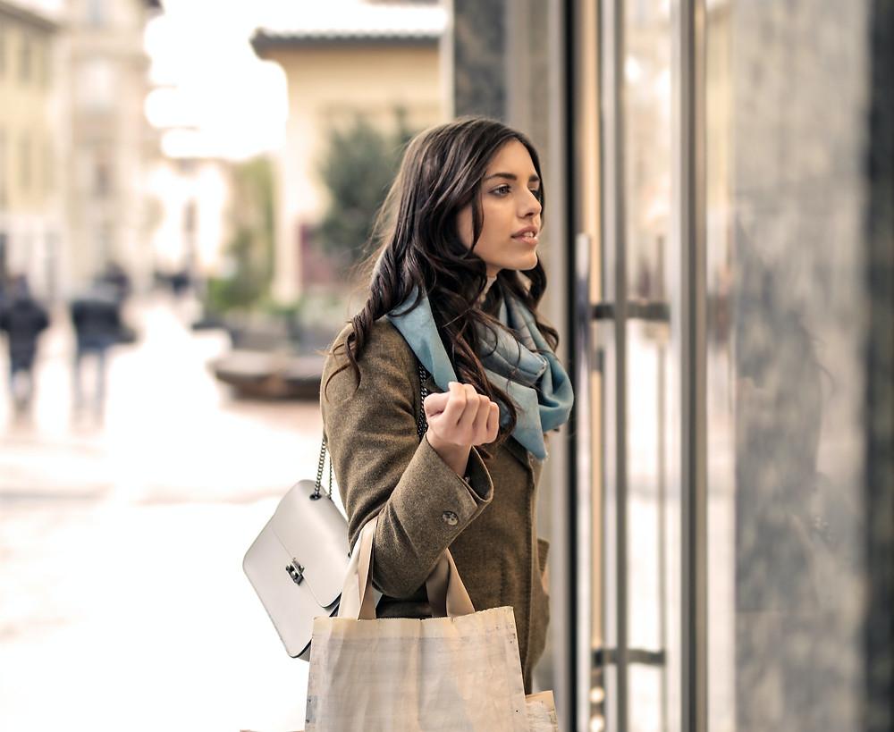 Marketing psychology, How to get more customers online, how to use psychology in marketing, marketing ideas 2020, protonike, marketing tips, ecommerce marketing 2020