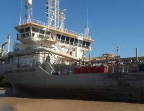 Dragado en Puerto de Santa Fe
