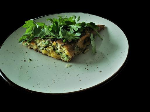 Desayuno? Que tal una tortilla con huevos de campo y verduras orgánicas?