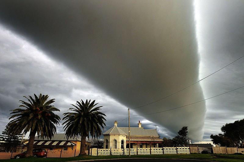 nuage arcus roll cloud  morning glory