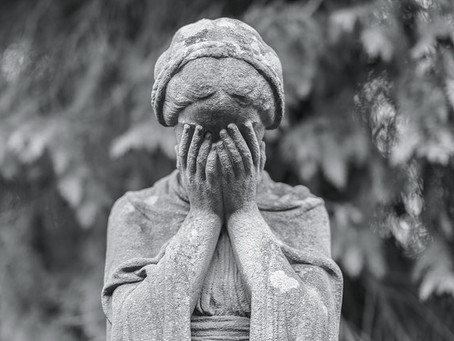 10 Best and Worst Things To Say To Someone in Grief