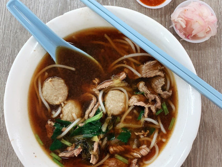 Singapore Hawker Food : Beef Noodles