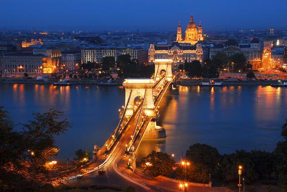 Széchenyi Chain Bridge Kettenbrücke