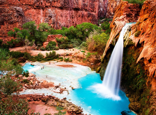 La cascade Havasu du Grand-Canyon en Arizona