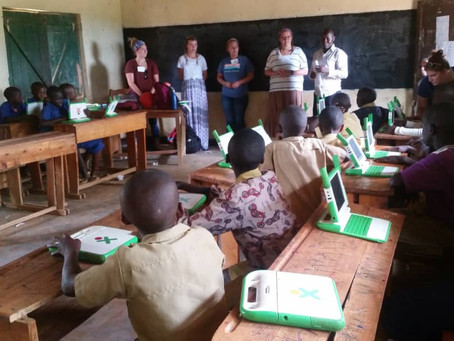 VT- class of 2018 Teaching Computer primary students at Gs Rilima Catholic