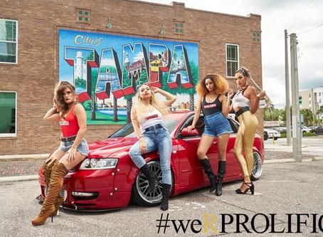 PQs chicas sexy y autos.