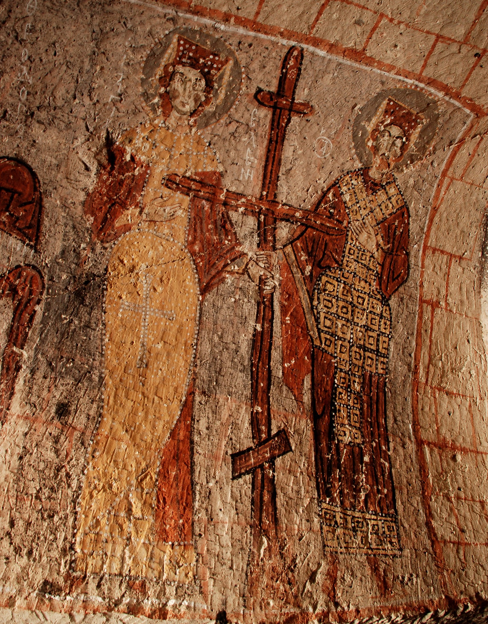 Serpent Chapel - Constantine and Helen holding  the real Cross