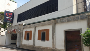 Prime Location Commercial Property for Lease