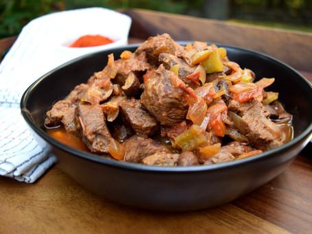 Slow Cooker Hungarian Stew - Marha Pörkölt