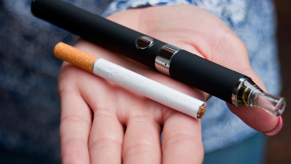 e-cigarette and traditional cigarette