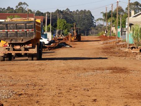 Obra de asfalto ocasiona períodos de falta de água