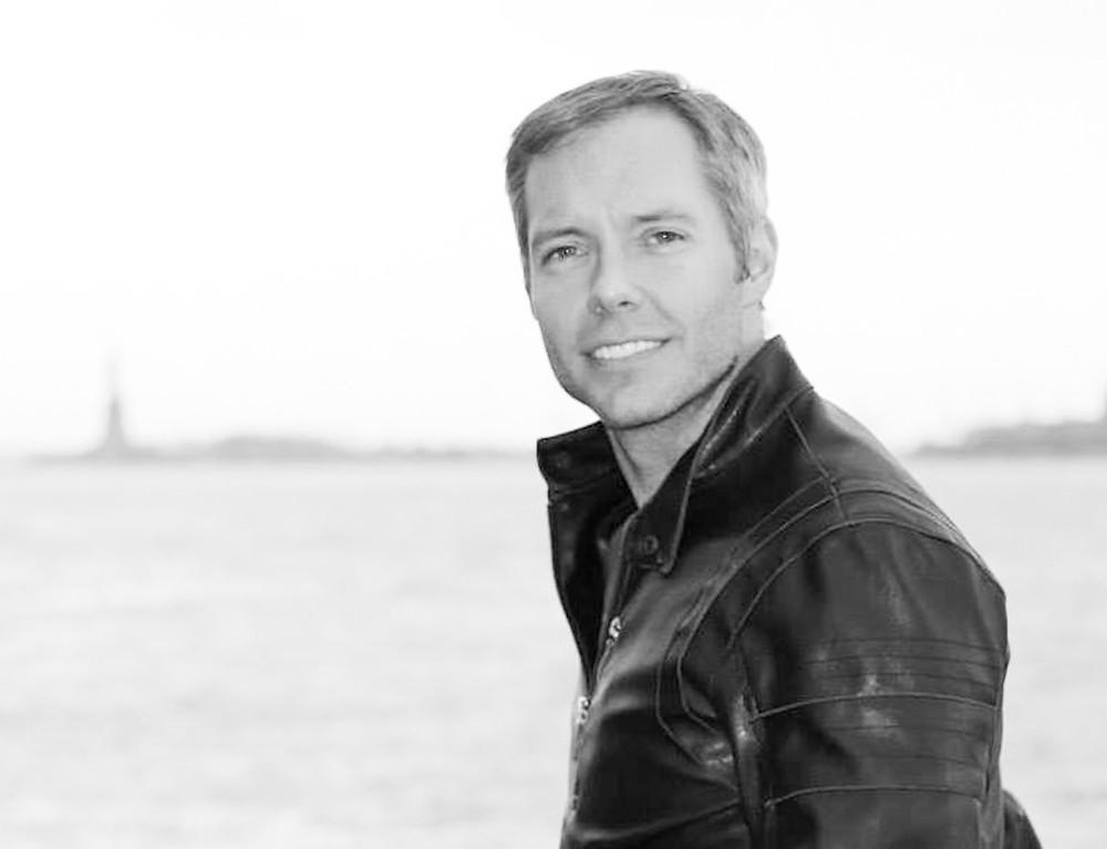 Scott Gilbert Director of SkinONE