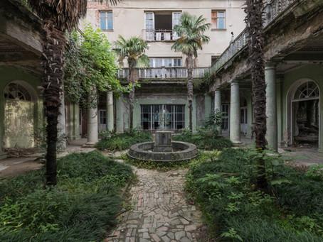The Palmpalace