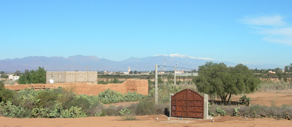 La brume permanente sur la côte près d'Agadir ? Voit-on le Toubkal ?