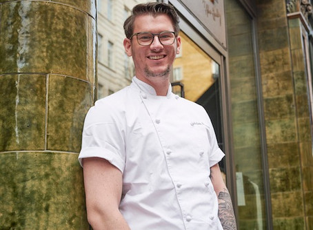In the Kitchen with Adam Handling