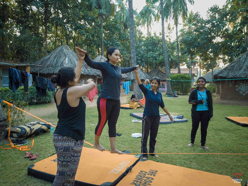 SLacklining at C.L.A.W in Hampi, India