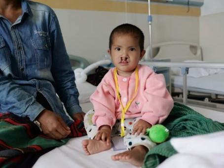失去雙親的緬甸女孩Naf重拾微笑