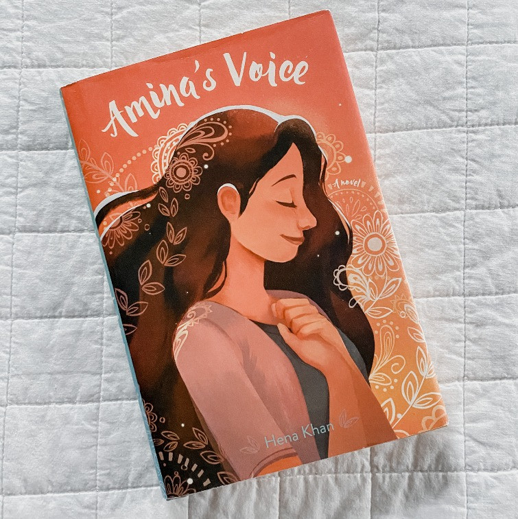 Book Cover Amina's Voice by Hena Khan