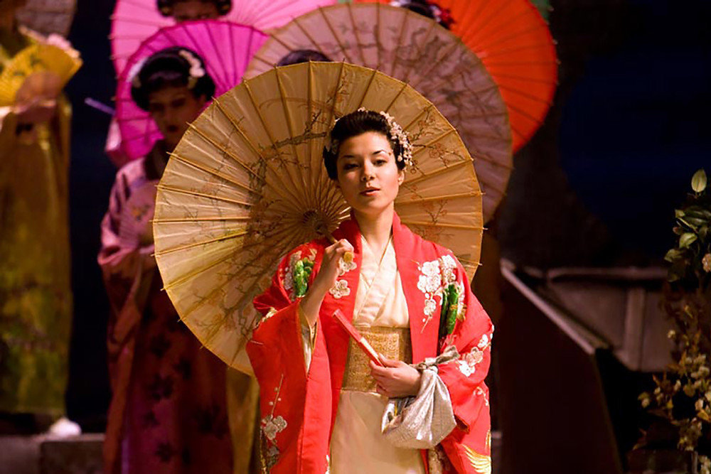 Ellen Kent's Madama Butterfly  - Elena Dee as Cio Cio San. All pics: Senbla