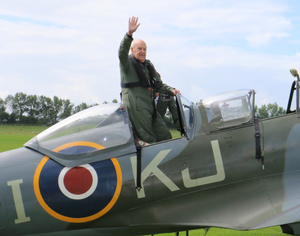 Wing Commander Owen Hardy - Spitfire Pilot - Boultbee Flight Academy