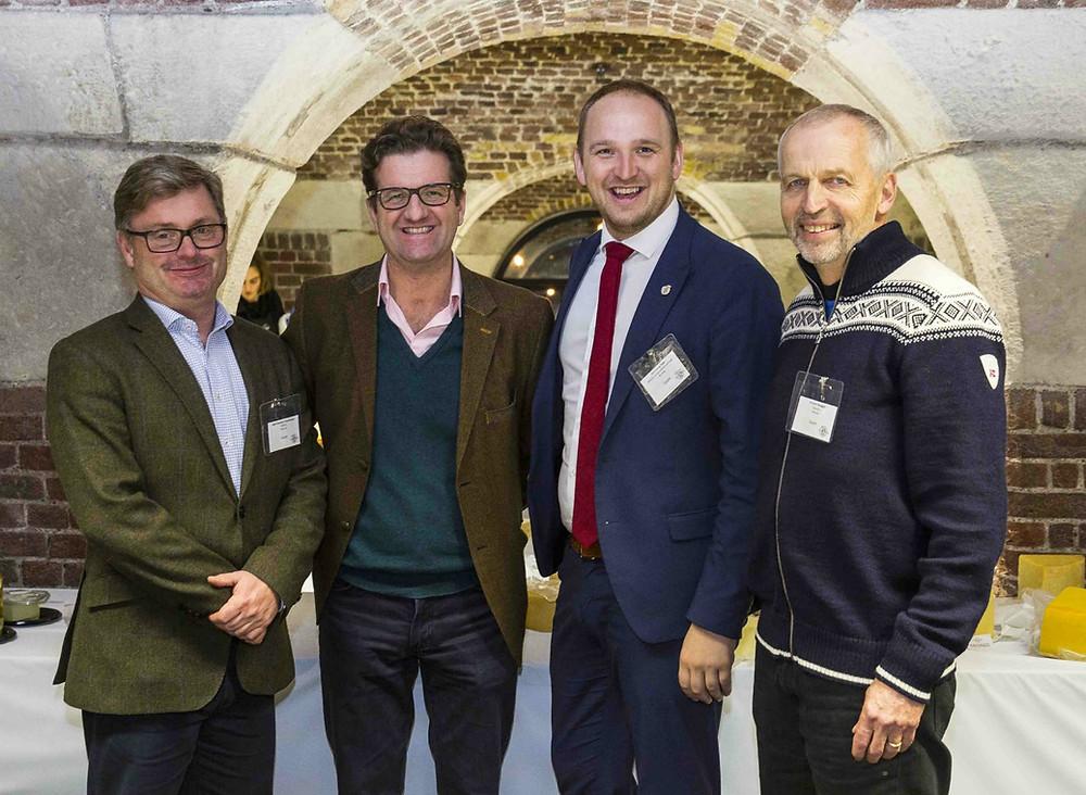 World Cheese Awards i London 2017. Bernt Bucher Johannessen - daglig leder i HANEN, John Farrand -  adm. dir. Guild of fine Food- arrangører av WCA, Jon Georg Dale - landbruks - og matminister og Gunnar Waagen - Tingvollost
