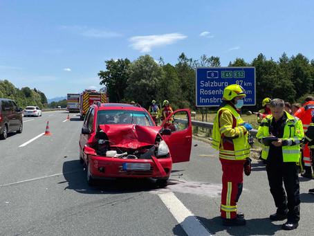 Verkehrsunfall auf A8 Richtung Salzburg