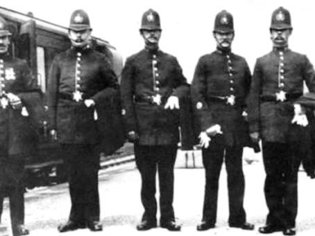 1906: Burglaries at Haywards Heath- smart capture by the police