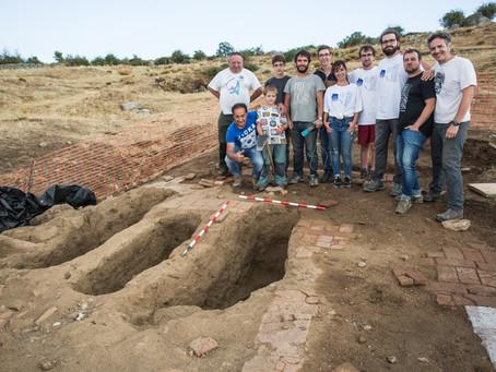 """Hablando con piedras y huesos. Excavaciones de """"El Humilladero"""" (Grajos). ¿Huellas de combate?"""