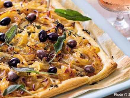 Quick & easy - Pissaladière - A deliciousclassicfrom the South of France