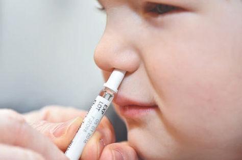 Vacina via nasal pode ter mais eficaz e com menos efeitos colaterais.