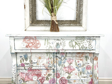Using DIY paint, an IOD rub on transfer, and creativity to paint a family heirloom.