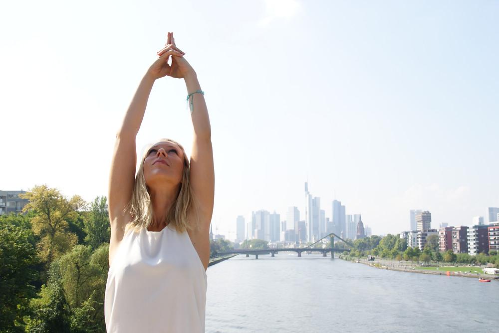 Lizzie Yoga in Frankfurt & Offenbach