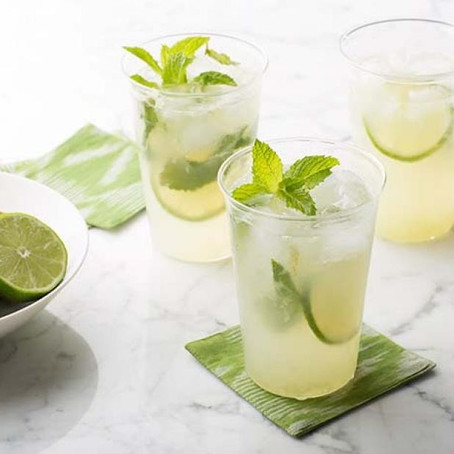 5 Tropical Cocktails to Make at Home