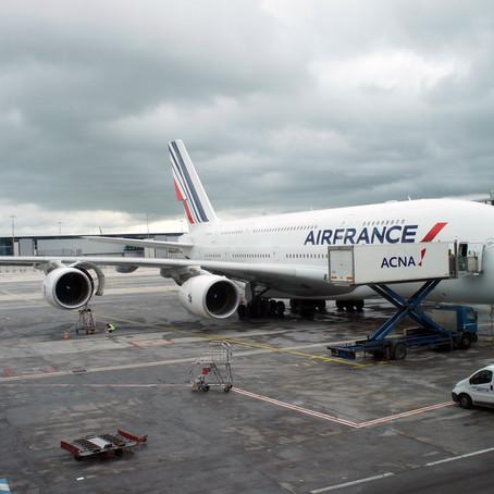 Vuela hacia su destino final el primer A380 de Air France en ser jubilado