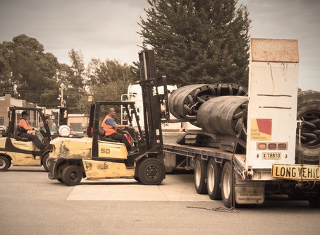ESSENTIAL SERVICE / FREIGHT TRANSPORT