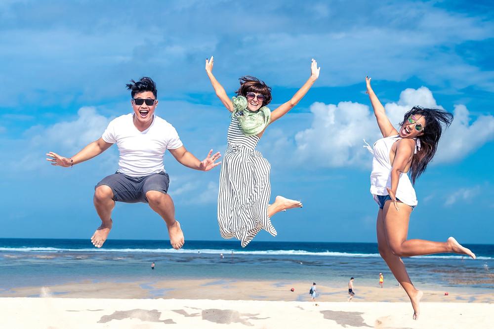 por qué ser feliz te hará ganar más dinero