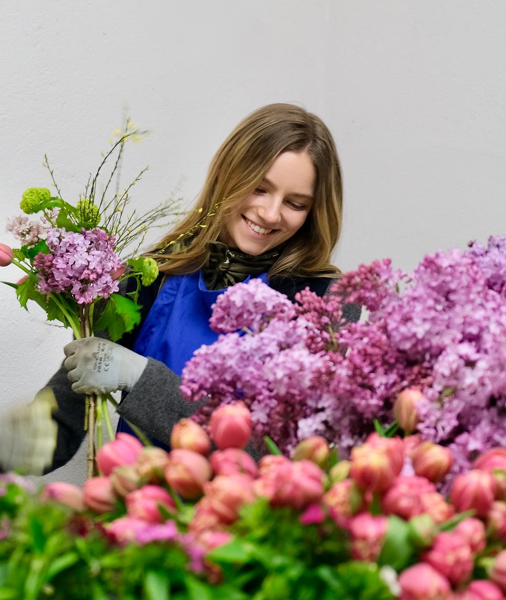 Blumenpost Julia Krieg Blumen Zürich Schweiz Startup