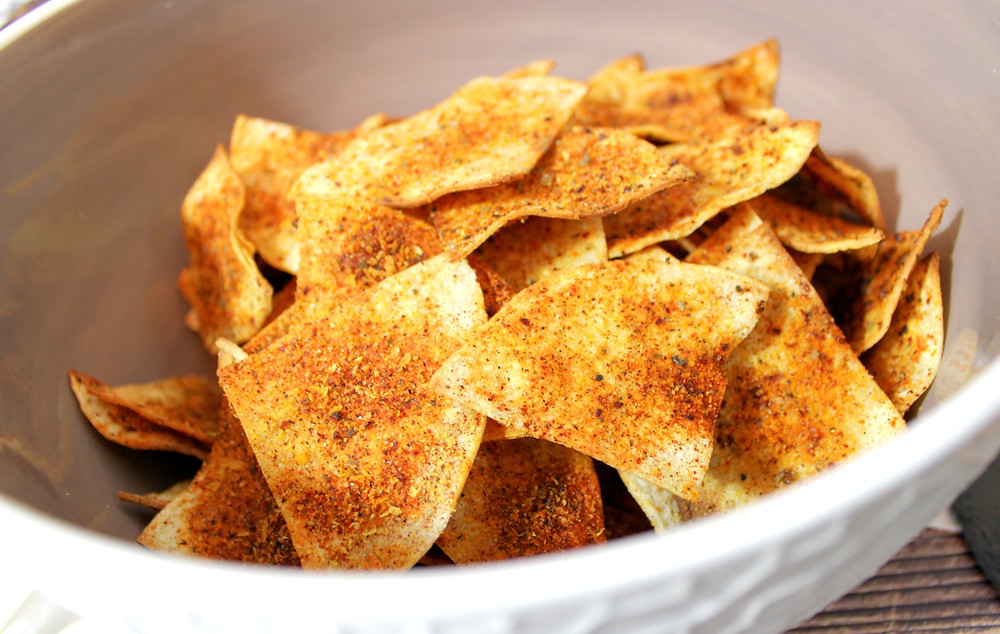 crispy nacho flavored tortilla chips