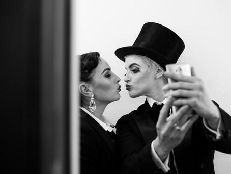 « Le baisé » Lili MirezMoi, Mim'ô Zette pour The Sassy pride au centre culturel Jacques franck