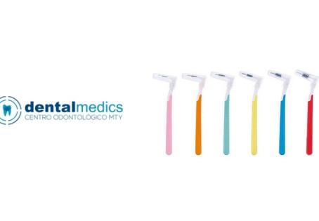 La importancia del cuidado dental con brackets y retenedores