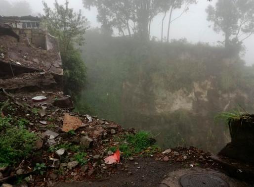 Se registra deslave en el sector de Toctiuco, centro de Quito